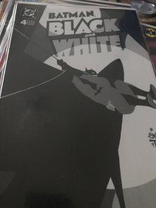 DC Batman #4 Black and White Mint