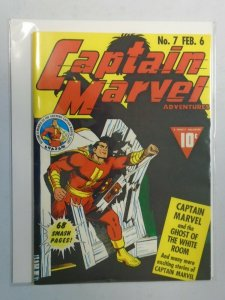 Flashback 35: Captain Marvel Adventures #7 7.0 FN VF (1976 Reprint)