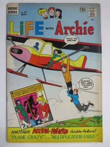 LIFE WITH ARCHIE 37 VG+ 5/1963 COMICS BOOK