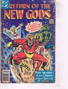 Lot Of 2 DC Comic Book Return of New Gods #12 and All-Out War #6  ON14