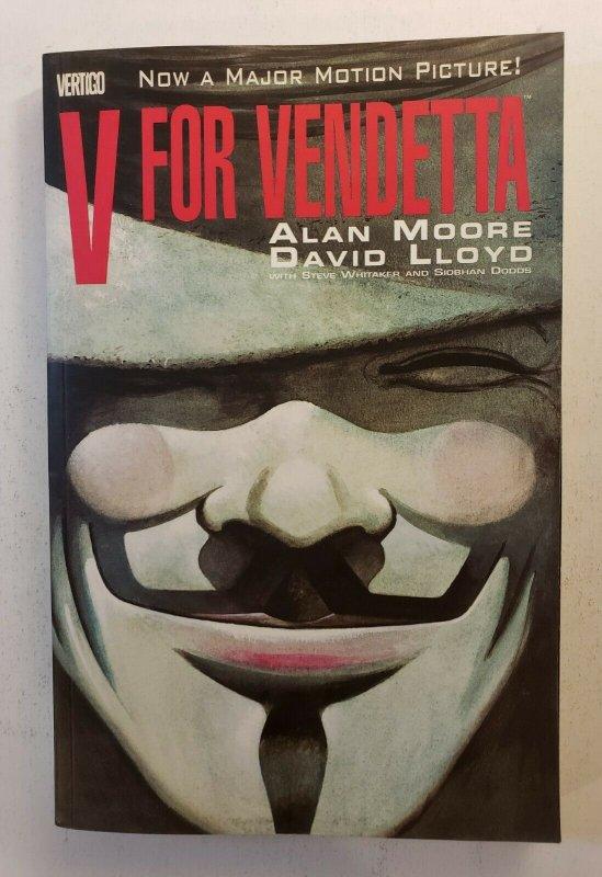 V FOR VENDETTA TPB Graphic Novel - Vertigo Comics Alan Moore - Near Mint NM!
