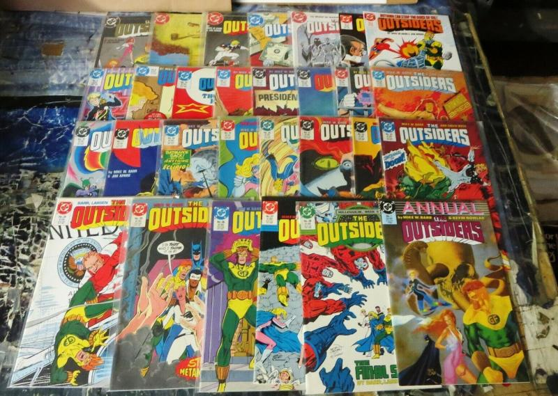OUTSIDERS 1-28,S 1,ANN 1 COMPLETE WITH BATMAN