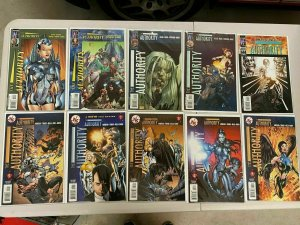 The Authority Wildstorm lot 47 different avg 8.0 VF