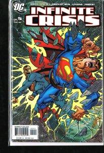 Infinite Crisis #5 (2006)