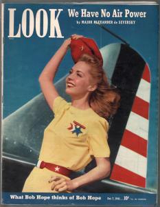 Look 10/7/1941-patriotic girl cover-Bob Hope-Hitler-Eliot Ness-VG+
