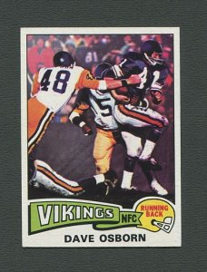 1975 Topps Football /  Dave Osborn #410 /  MINT