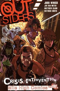 OUTSIDERS: CRISIS INTERVENTION TPB (VOL. 4) (2006 Series) #1 Near Mint