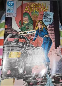 DC COMICS-GREEN ARROW-#7-DATED: AUG. 1988-BLACK CANARY-NEW FORMAT