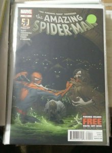 Amazing Spider-Man # 690 2012  marvel  LIZARD +MORBIUS VAMPIRE no turing back 3