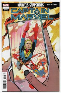 Marvels Snapshots Captain Marvel #1 Roe Variant (2021) NM