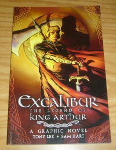 Excalibur: the Legend of King Arthur SC VF/NM a graphic novel - tony lee - hart
