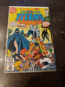 NEW TEEN TITANS #2 comic book - 1st. app. of Deathstroke 1980 NM