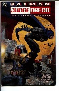 Batman/Judge Dredd: The Ultimate Riddle-Alan Grant