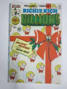 RICHIE RICH BILLIONS #8 (Harvey, 2/1976) VERY GOOD PLUS (VG+)