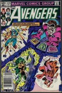 Avengers #235 (Marvel, 1983) F/VF