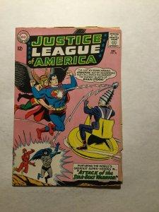 Justice League Of America 32 Fine Fn 6.0 Manufacturing Error Bad Cuts Dc Comics