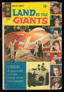 LAND OF THE GIANTS #5 1969-GOLD KEY PHOTO COVER--TV G/VG