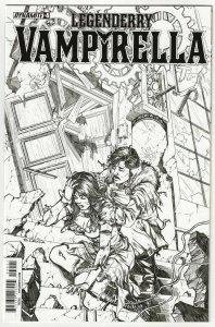 Legenderry Vampirella #4 | 1:10 B&W Variant (Dynamite, 2015)