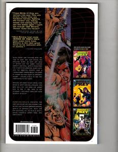 BLOOD & CIRCUITS Birds Of Prey DC Comics Graphic Novel TPB Comic Book J304