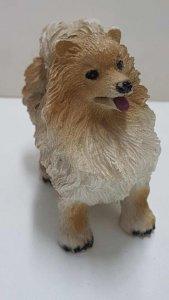 Figura de perro resina: Spitz aleman de 6.5x8 cm