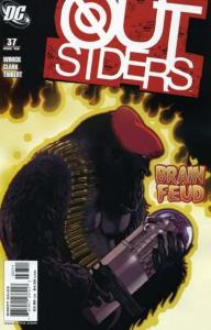 Outsiders (2003 series) #37, NM (Stock photo)