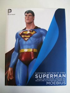 SUPERMAN THE MAN OF STEEL STATUE (based on the art of MOEBIUS!)