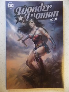 WONDER WOMAN # 750 LUCIO PARRILLO VARIANT LIMITED 2500