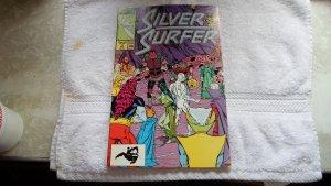 1987 MARVEL COMICS SILVER SURFER # 3