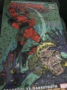 Marvel Deadpool Deadpool vs Sabertooth Mint Paperback