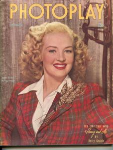 Photoplay-Betty Grable-Roy Rogers-June Allyson-Judy Garland-Nov-1946