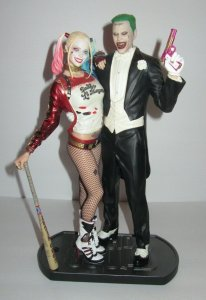 Suicide Squad THE JOKER & HARLEY QUINN Statue DC Collectibles
