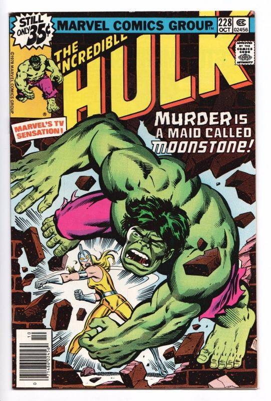 Incredible Hulk #228 - 1st Female Moonstone  (Marvel, 1978) - FN/VF