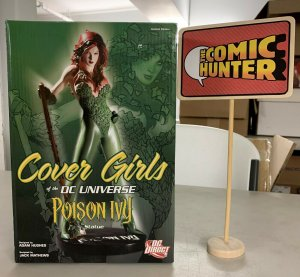 Cover Girls of the DC Universe Poison Ivy Statue Limited Edition