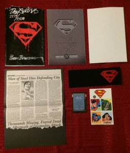 Superman #75 SIGNED Collector's Edition DC Comic: Death of Superman Memorial Set
