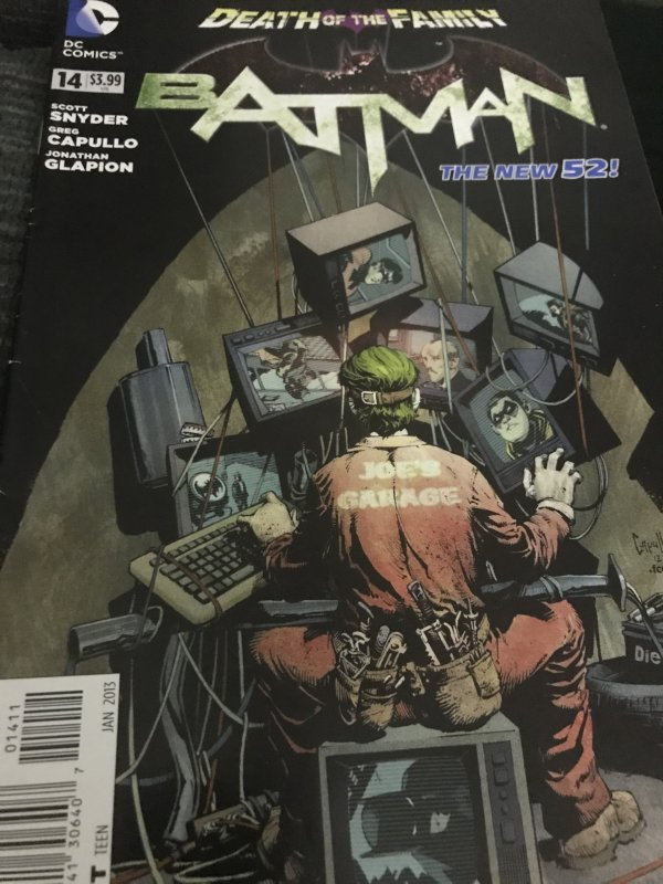 DC Batman Death Of The Family #14 Mint Joker!
