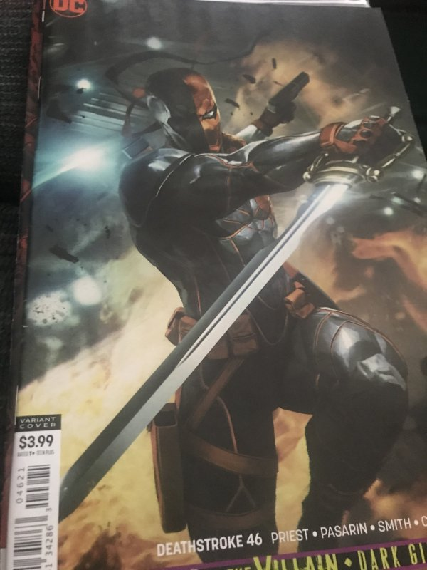 DC Deathstroke #46 Variant Mint Hot