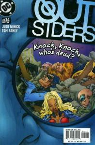 Outsiders (2003 series) #14, NM (Stock photo)