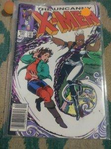 UNCANNY X-MEN # 180 1984 MARVEL STORM KITTY PRIDE DOUG RAMSEY NEW MUTANTS