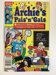 ARCHIES PALS & GALS (1952-    )195 VF-NM  Mar 1988 COMICS BOOK