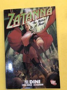 Zatanna: The Mistress of Magic by Dini, Paul , Paperback TPB