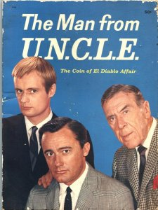 THE MAN FROM U.N.C.L.E.-1965-STORY BY WALTER GIBSON-ROBERT VAUGHN COVER