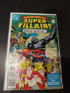 SUPER-VILLAINS #8 VF+ HIGH GRADE