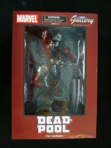 Deadpool Statue Marvel Gallery Diamond Select Toys PVC Figure Diorama