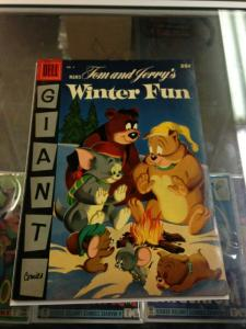 DELL Giant Tom and Jerry's Winter Fun 4 VG Condition
