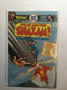 Shazam Near Mint- Nm- 9.2 Dc Comics