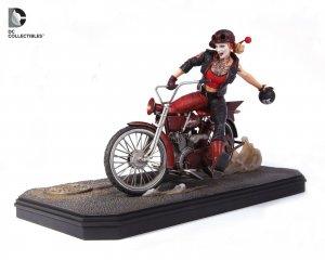 Gotham City Garage - Harley Quinn statue #39 of 2500!