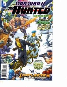 Lot Of 2 DC Comic Book The Hunted #1 and Wonder Woman #10  MS20