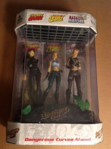 Danger Girl McFarlane Toys Fish Tank 3 figure boxed set Sealed J. Scott Campbell