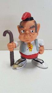 Figura PVC: de Jordi Pujol con baston y barretina de 7cm de altura