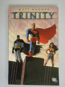 Batman/Superman/Wonder Woman Trinity TPB SC 4.0 VG (2005 1st Printing)